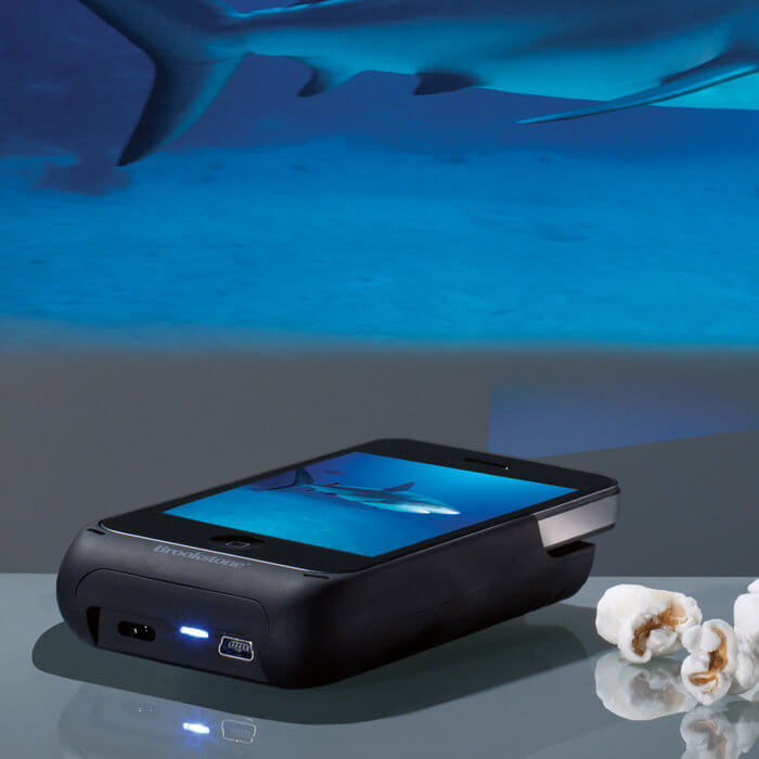 Win it brookstone iphone pocket projector for father 39 s for Movie projector for iphone 6
