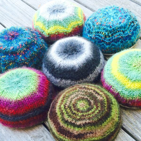 Knitted Floor Cushion Pattern : Cool Colorful Keppies: Free Knit Kippot Pattern - Momfluential Media