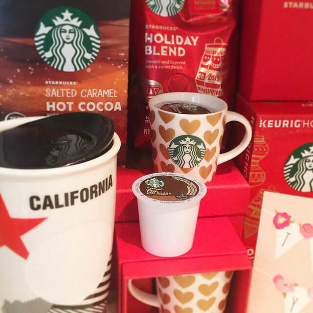 Starbucks gift season 2015