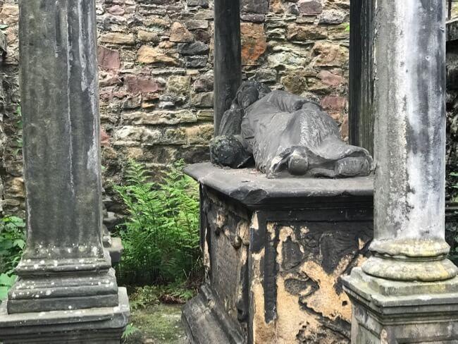 Greyfriars Kirkyard Statue