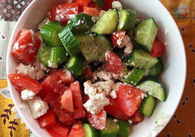 simple shopska salad - so good!